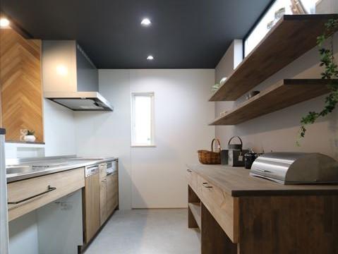 店舗付きナチュラルモダンスタイル|石川県金沢市の注文住宅・デザイン性・新築の家・戸建て|E-HOUSE