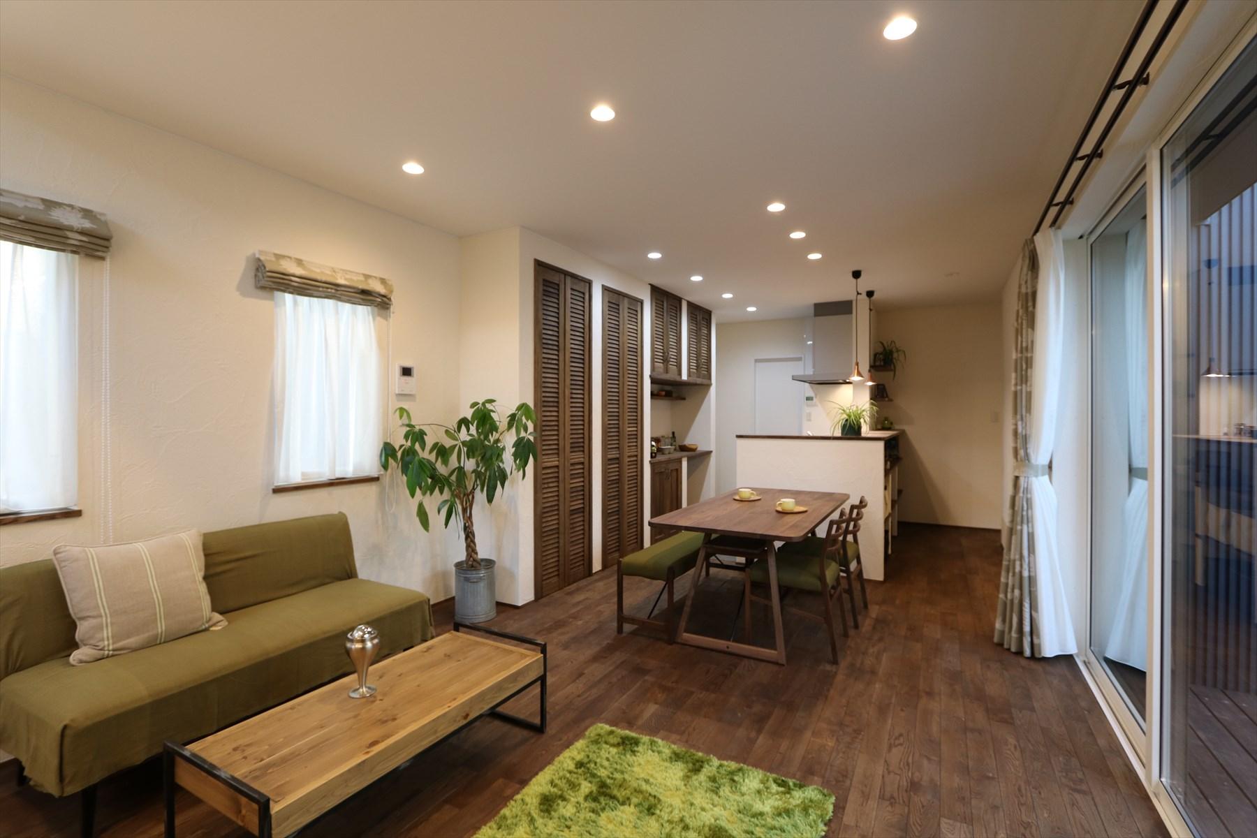 施工事例過去|ウッドデッキを囲む五層構造の家|石川県金沢市の注文住宅・デザイン性・新築の家・戸建て|E-HOUSE