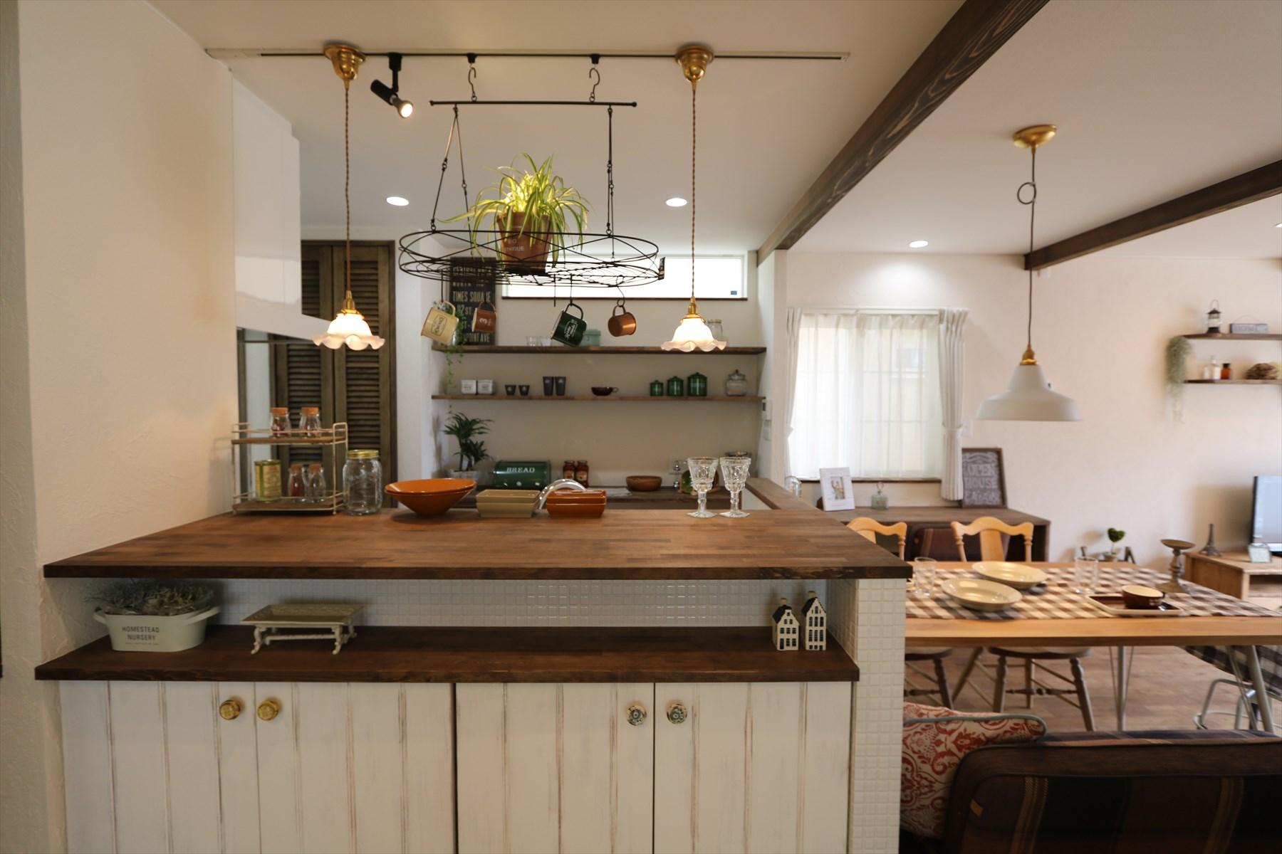 フレンチシャビーな家|石川県金沢市の注文住宅・デザイン性・新築の家・戸建て|E-HOUSE