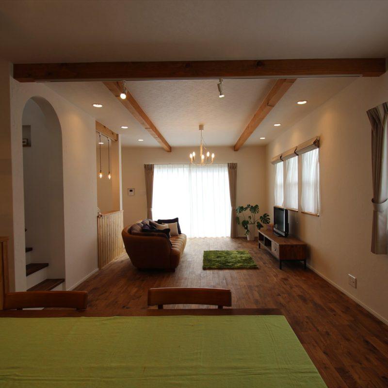 スパニッシュスタイルの家