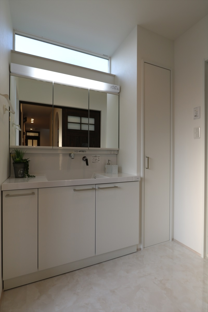 シャンペトル・シャビーな家|石川県金沢市の注文住宅・デザイン性・新築の家・戸建て|E-HOUSE