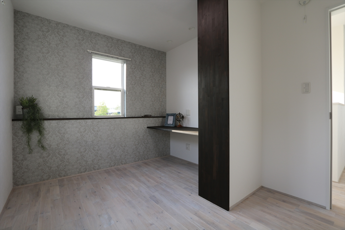 大人モダンなフレンチスタイルの家|石川県金沢市の注文住宅・デザイン性・新築の家・戸建て|E-HOUSE