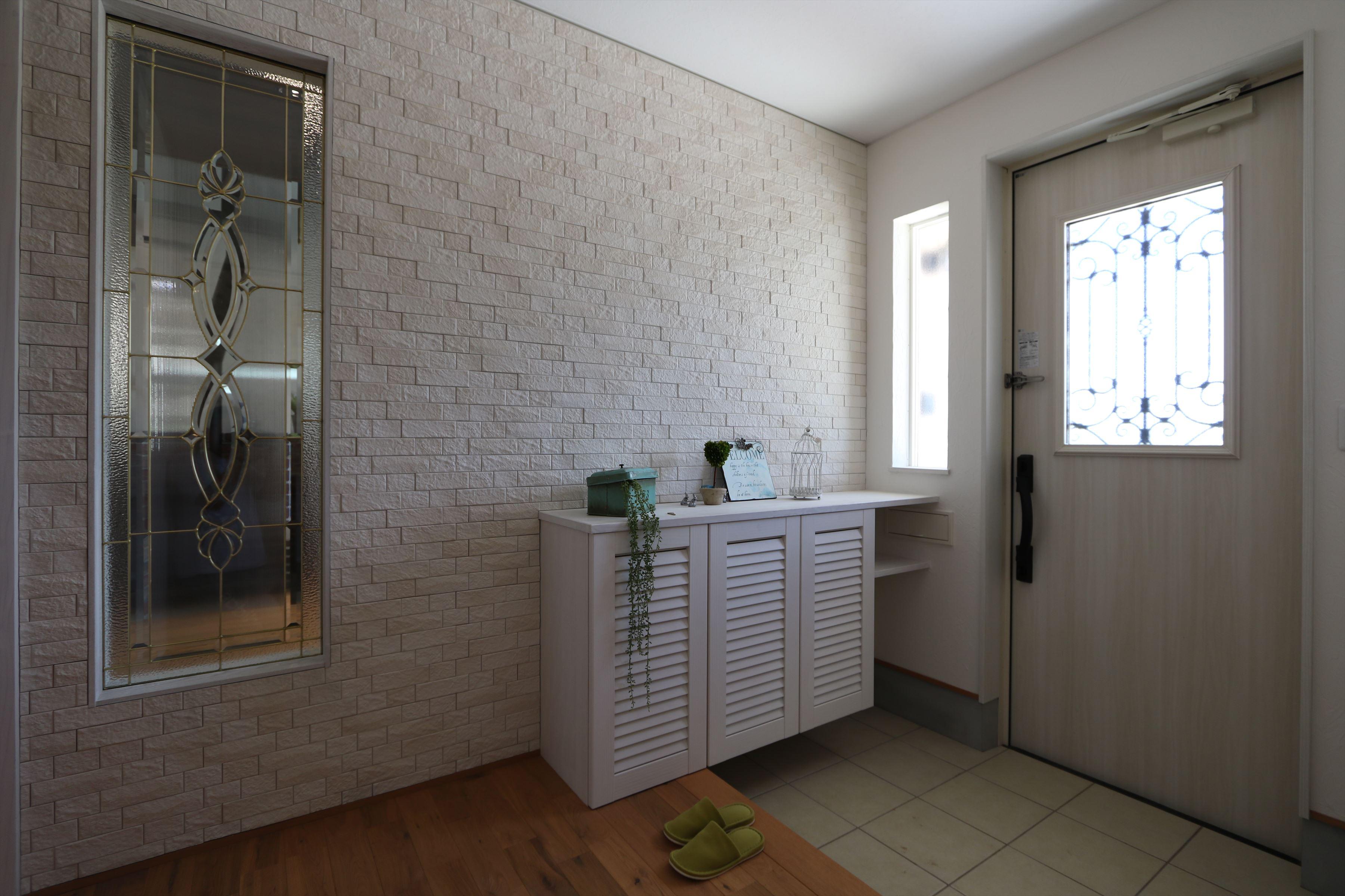 三角屋根が素敵な北欧風の家|石川県金沢市の注文住宅・デザイン性・新築の家・戸建て|E-HOUSE